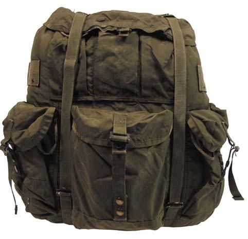 US Rucksack Alice Bag oliv gebraucht