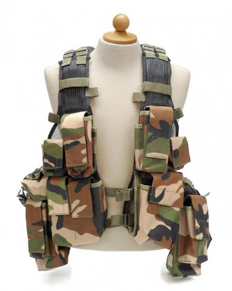 Multifunktions Tactical Einsatzweste woodland - armyoutlet.de