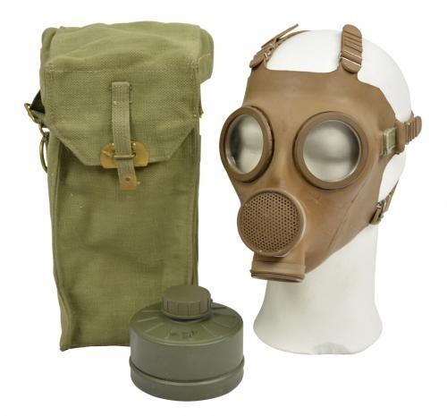 Gasmaske M51 mit Filter und Tasche